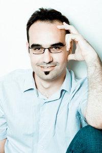 jean-francois-ruiz auteur du livre réussir avec les réseaux sociaux